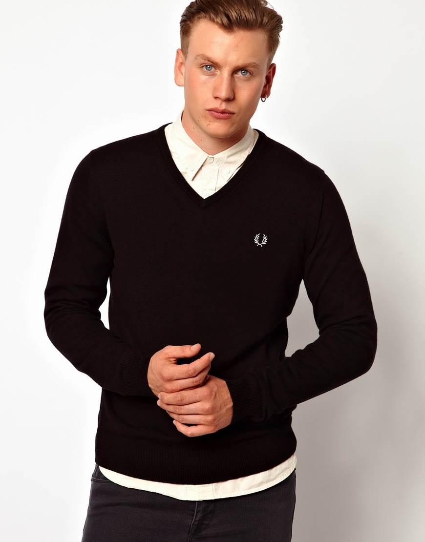 Black Jumper White Shirt | Artee Shirt