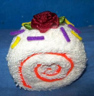towel rose roll cake