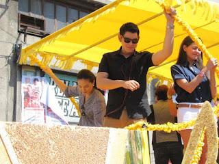"""Richard Gutierrez, Sarah Lahbati, Janine Gutierrez, Benedict Campos, Mark Gil, John """"Sweet"""" Lapus, John Lloyd Cruz, Angelica Panganiban, Maja Salvador, Pamulak Kadayawan 2012, Kadayawan Festival 2012, Davao City, Davao delights"""
