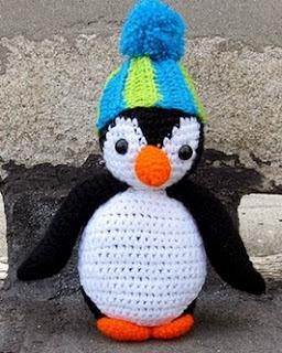 http://translate.googleusercontent.com/translate_c?depth=1&hl=es&rurl=translate.google.es&sl=en&tl=es&u=http://www.littlethingsblogged.com/2013/12/amigurumi-oscar-penguin.html&usg=ALkJrhjYy2j8WlqZV0AtjdyzgEV09nv2jA