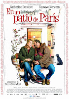 Dans la cour (En un patio de París) (2014)