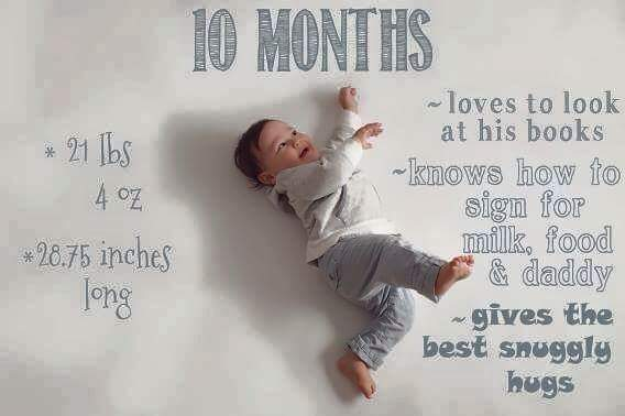 Baby-Growth-Month-10-Hugs