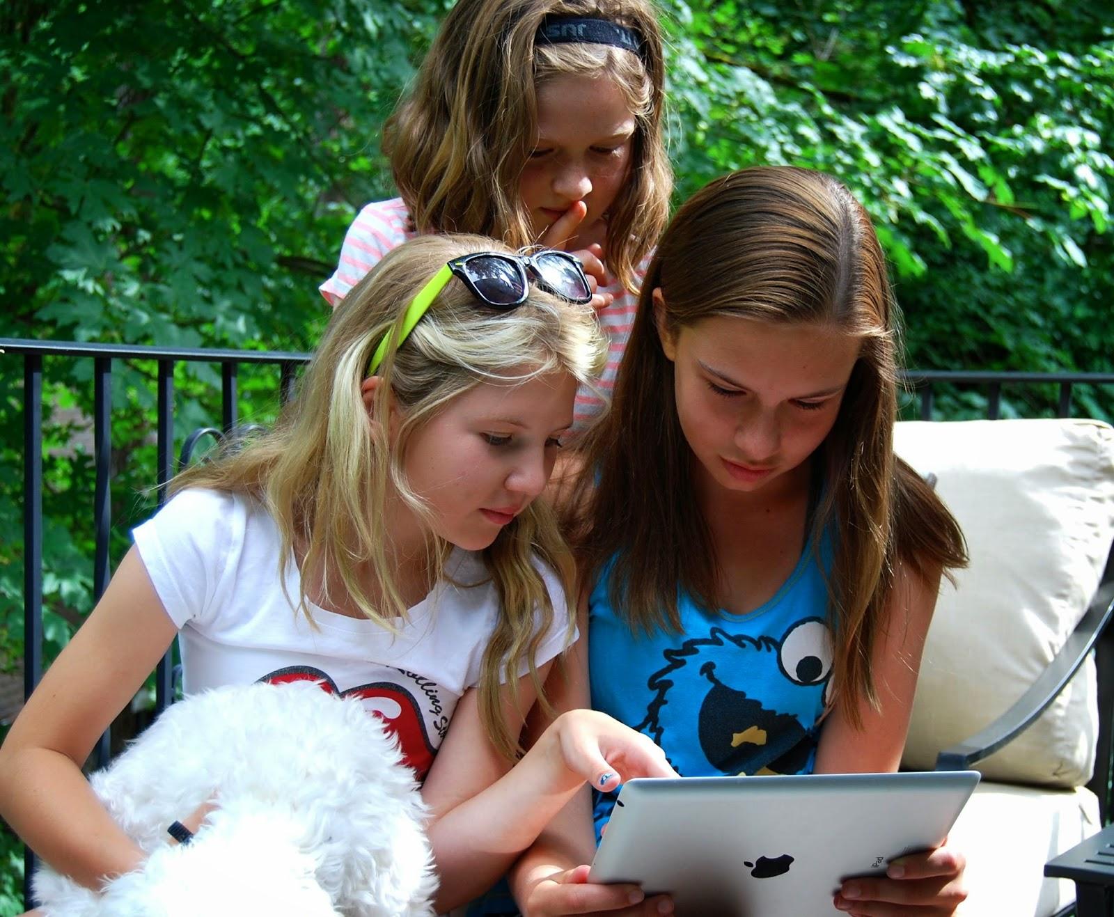 meet teenage girls online