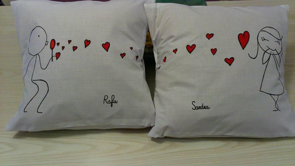 Fem coses cojines del amor - Cojines de lana hechos a mano ...