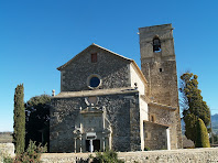 La façana de ponent de l'església de la Mare de Déu de l'Ajuda