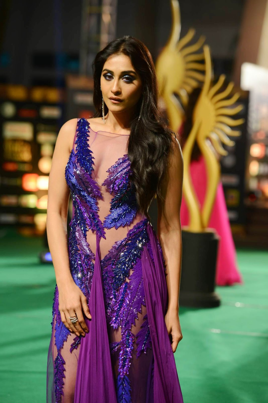 Regina sizzling photos from IIFA Utsavam-HQ-Photo-5
