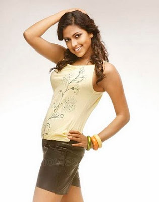 ... Hot Photos, Tamil Actress Amala Paul Hot Wallpapers, Pics & Images