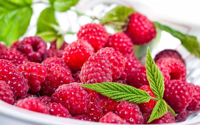 Содержится витамин хорошо снижает температуру малина малину можно употреблять свежей