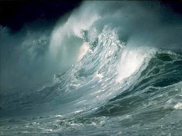 #7 Sea Waves Wallpaper