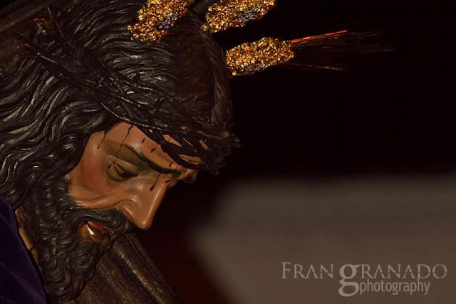 http://franciscogranadopatero35.blogspot.com/2014/01/a-la-hdad-de-jesus-nazareno-le.html