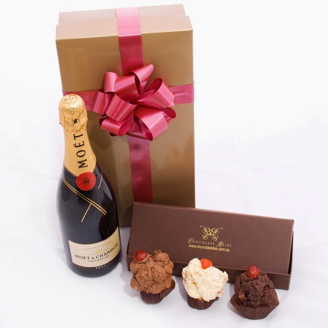 Champagne and Chocolate cupcakes gifts Ideas