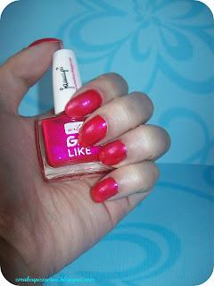 http://zmakeupizowani.blogspot.com/2013/05/kolorowe-lato-na-paznokciach-mary-rose.html
