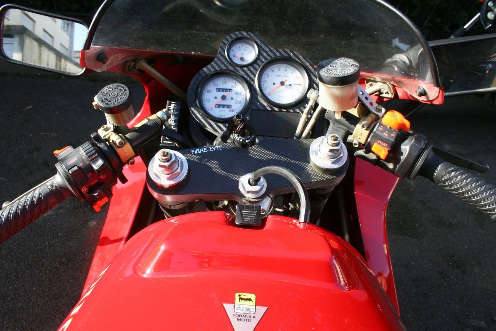 Motorcycles Ducati 900ss