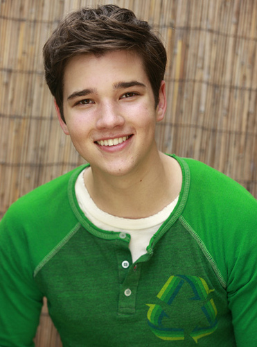 nathan kress shirt off. nathan kress shirt off 2011.