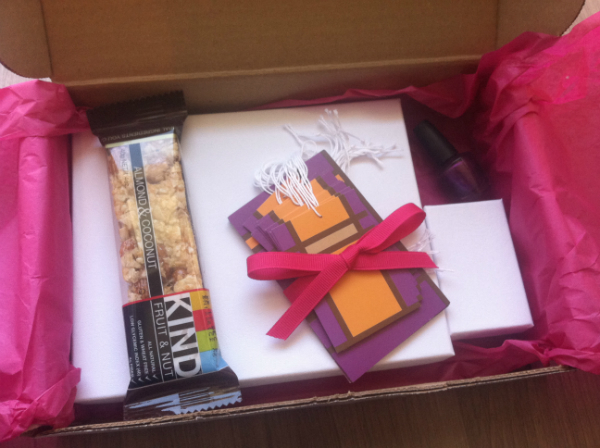 Dazzley Box Review - November 2012 - Women's Jewelry and Beauty Monthly Subscription Boxes