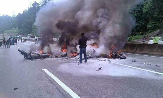 5 Gambar Kemalangan 5 Motor Besar 6 Kereta di Karak