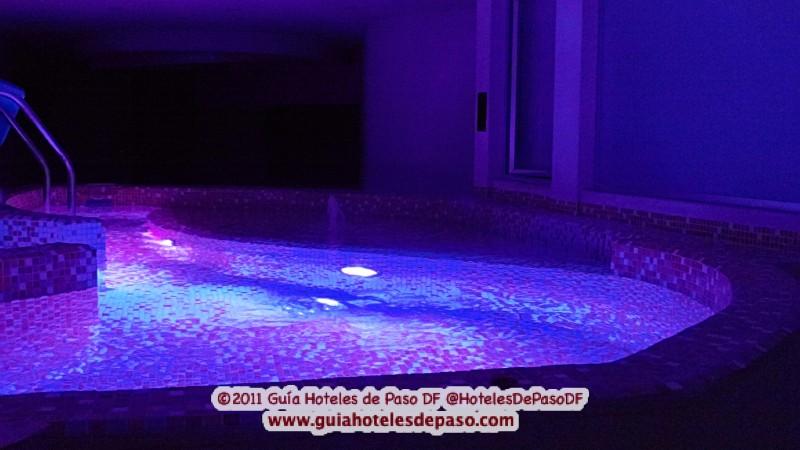 Hotel kron gu a de hoteles de paso for Motel con piscina privada