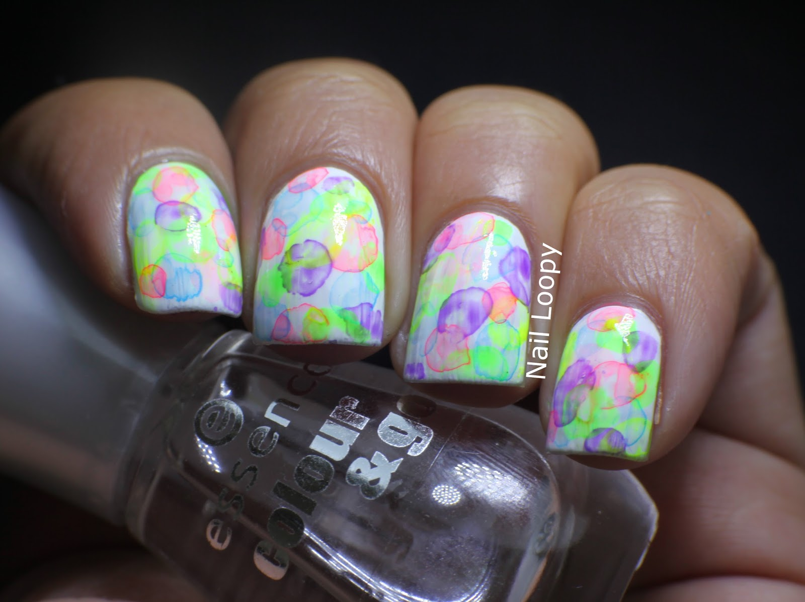 Nail Loopy Watercolour Bubble Nails