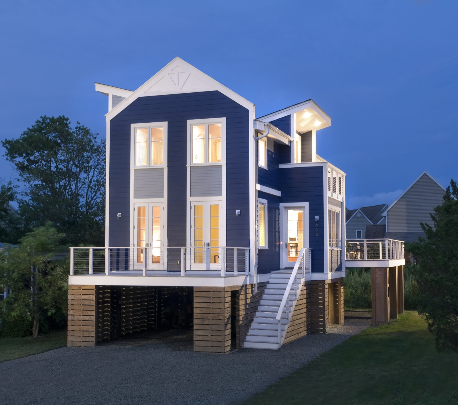 The new beach house two pretty cool houses for Awesome home design ideas