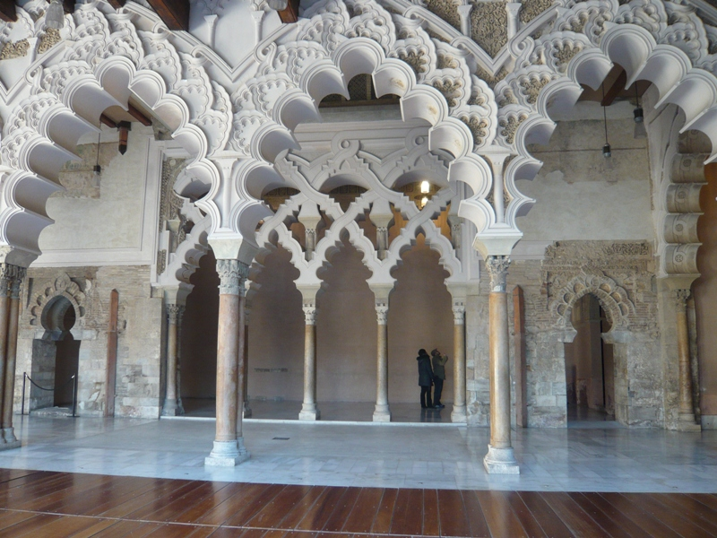 Kitchen and residential design exploring moorish and for Architecture arabe