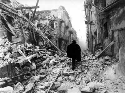 Le Figaro (Diario Francés) Russia_Quake_BW_1