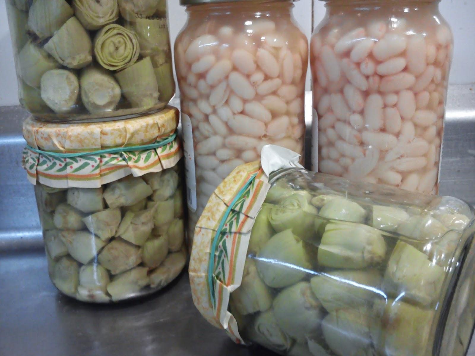 Arroz Caldoso Con Langostino Pelado Y Mini Alcachofas. (valencian Rice Soup With Shrimp And Artichoke Baby)