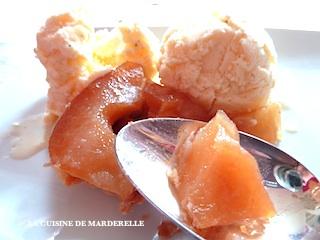 glace à la vanille et tarte tatin