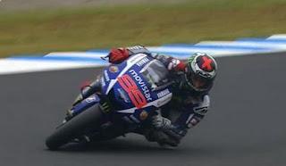 Lorenzo Pole Position MotoGP Jepang 2015