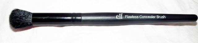 ELF Studio Flawless Concealor Brush
