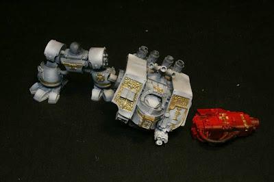 Capas de Gris Claro y Fire Red en el Dreadnought