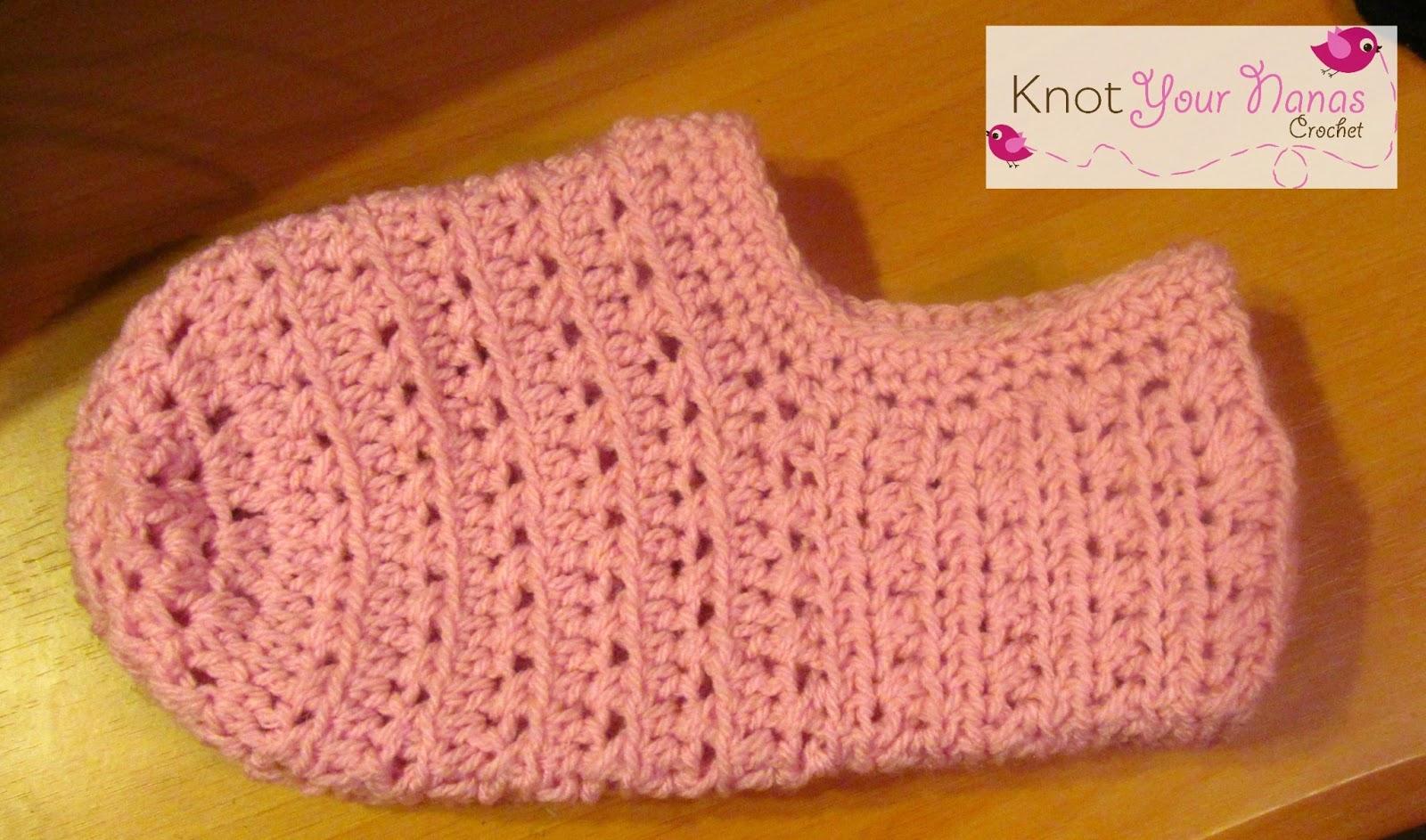 Knot Your Nana\'s Crochet: Women\'s Slippers