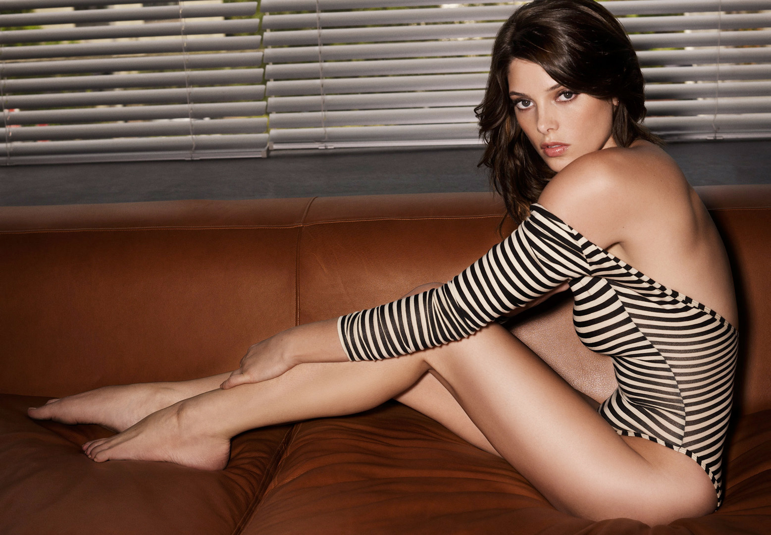 http://4.bp.blogspot.com/-rs2CZw36bFM/Tv-REbPXNlI/AAAAAAAAAQA/SaX1-bhbQfw/s1600/Ashley-Greene.jpg