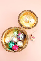 http://www.lindseycrafterblog.com/2015/12/gilded-wood-bowls.html