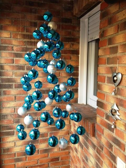 Arboles de navidad con esferas parte 1 for Colgantes para arbol de navidad