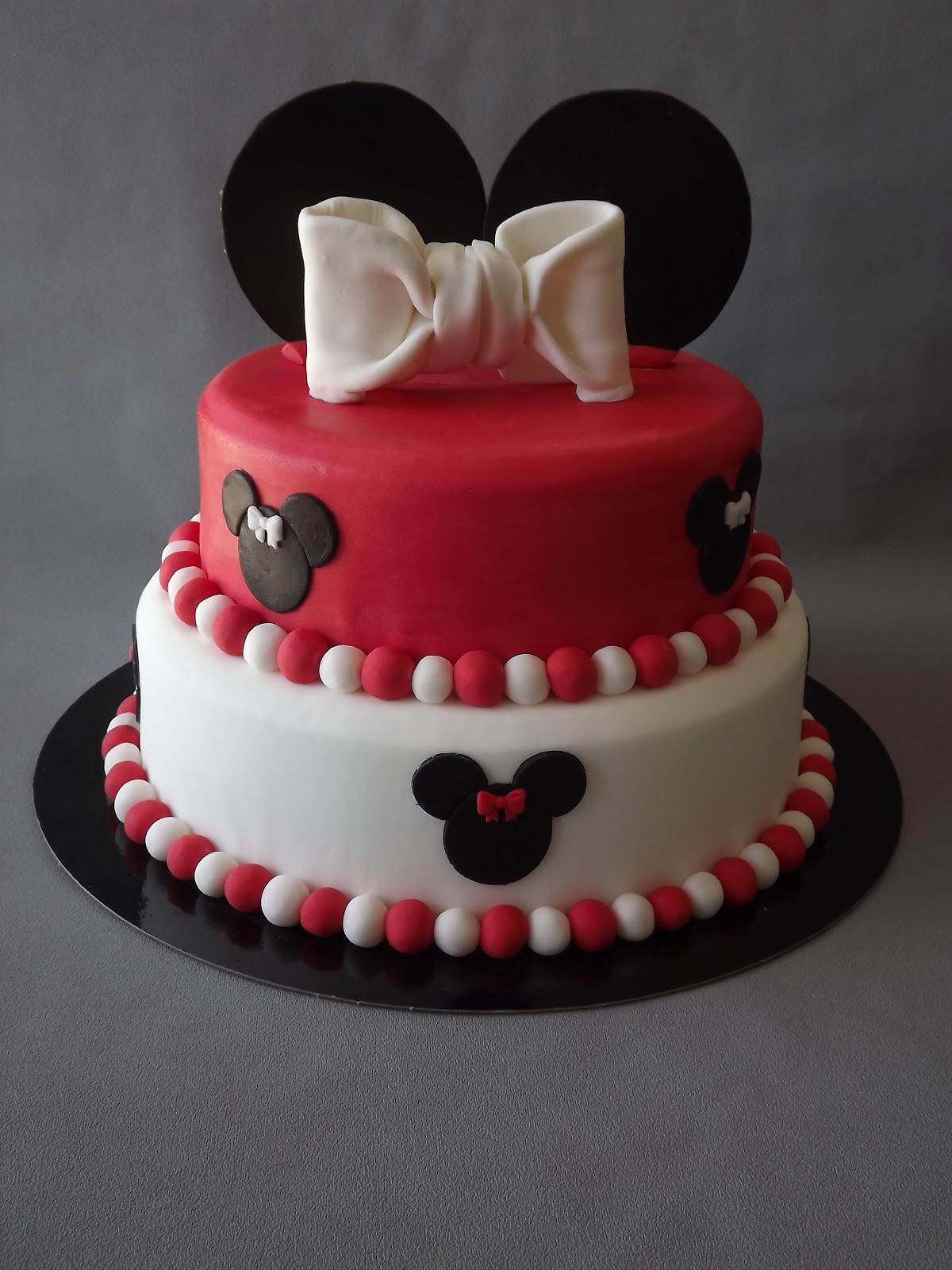 gâteau 3d thème mickey