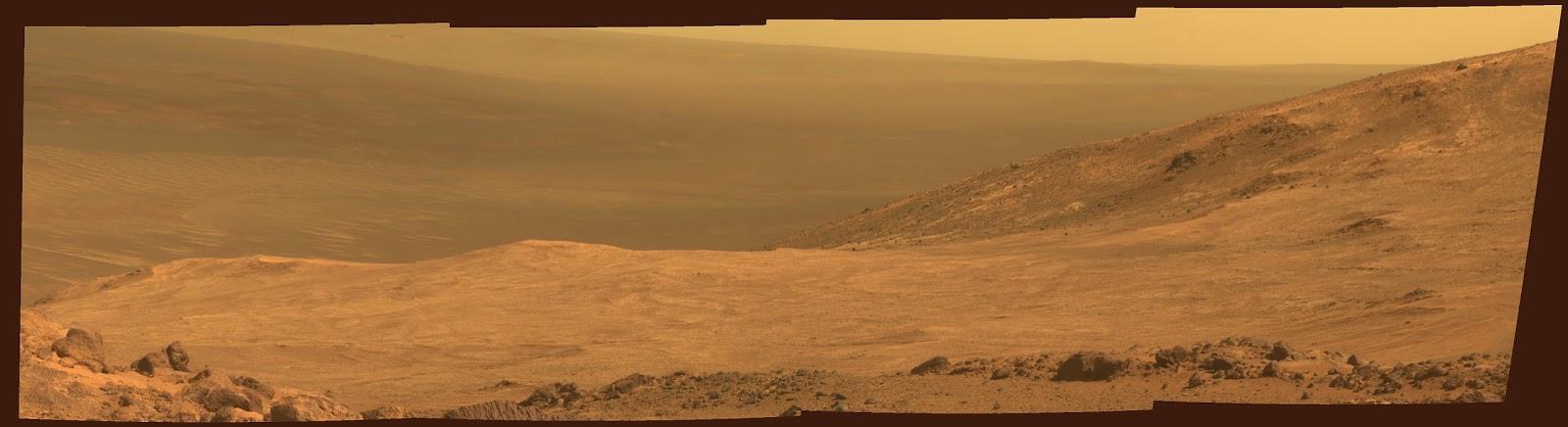 Вид на Долину Марафона на Марсе