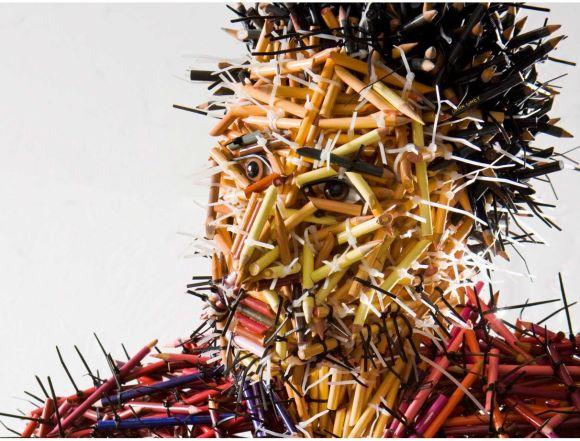 Federico Uribe esculturas lápis Pai - detalhe
