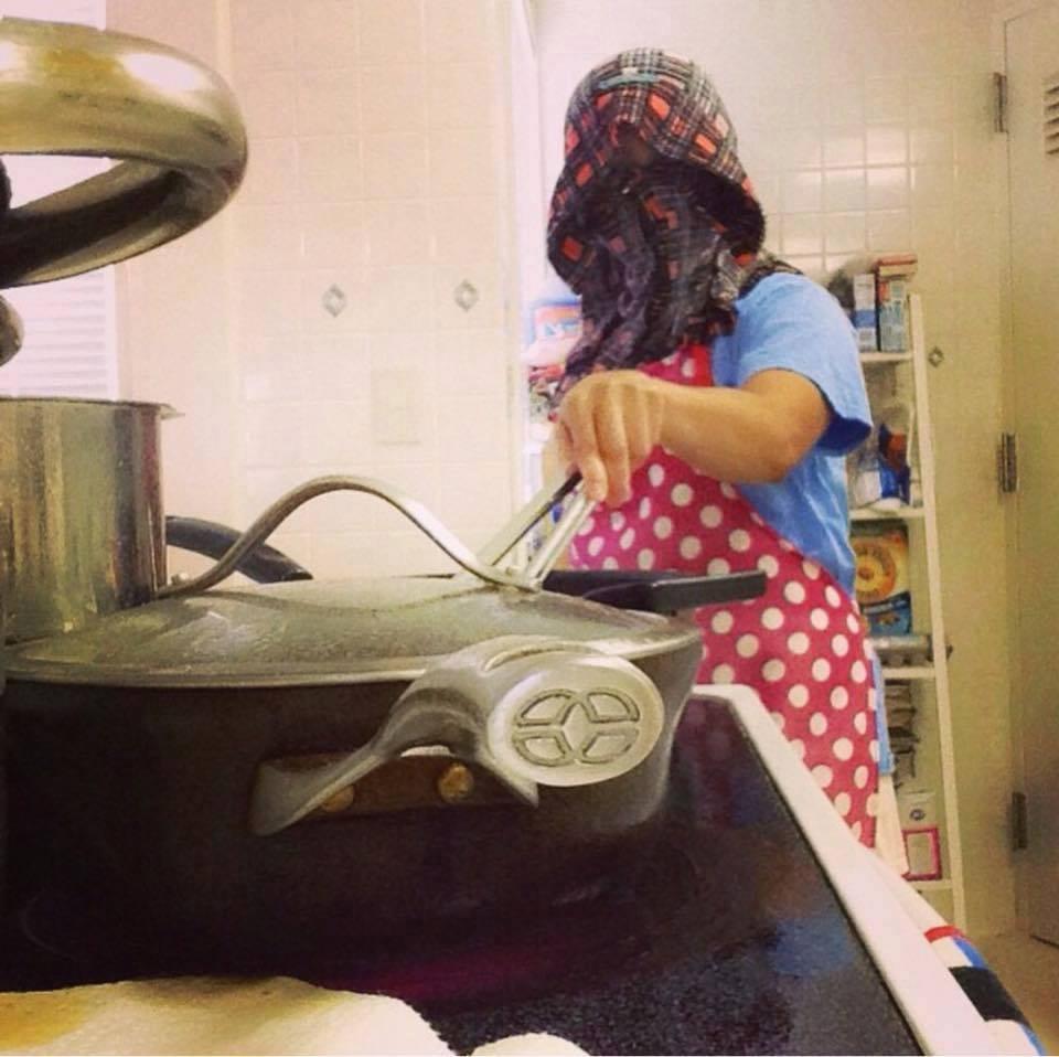 Cara Unik dan Aneh Waktu Menggoreng