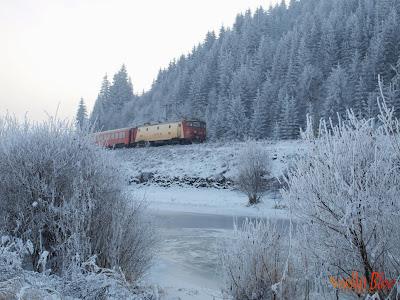 Un tren, iarna