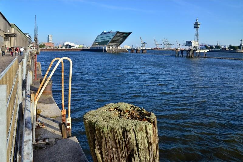 you wee because 39 picture postcard platform dockland at hamburg port. Black Bedroom Furniture Sets. Home Design Ideas