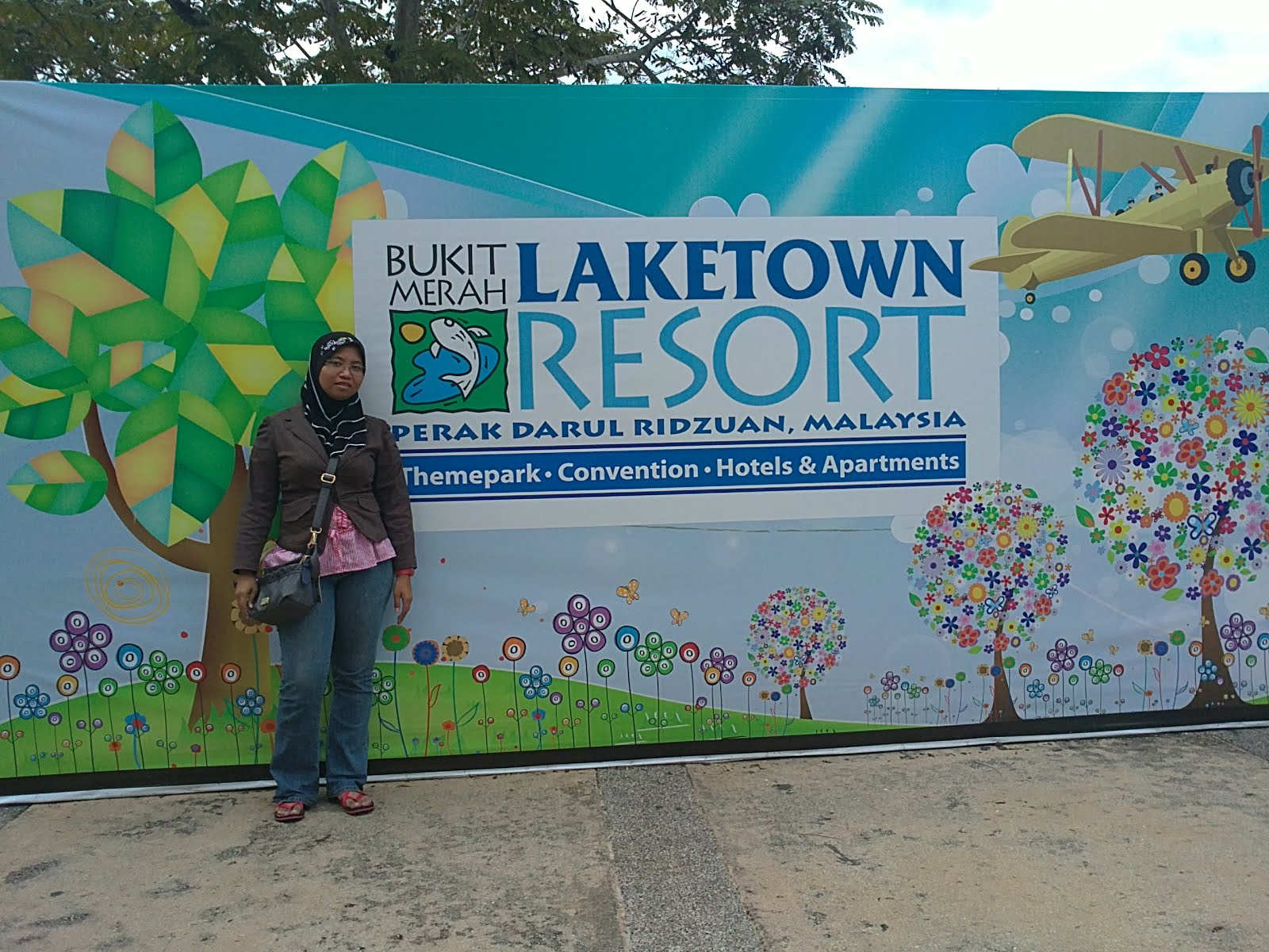 Bukit Merah Laketown Resort