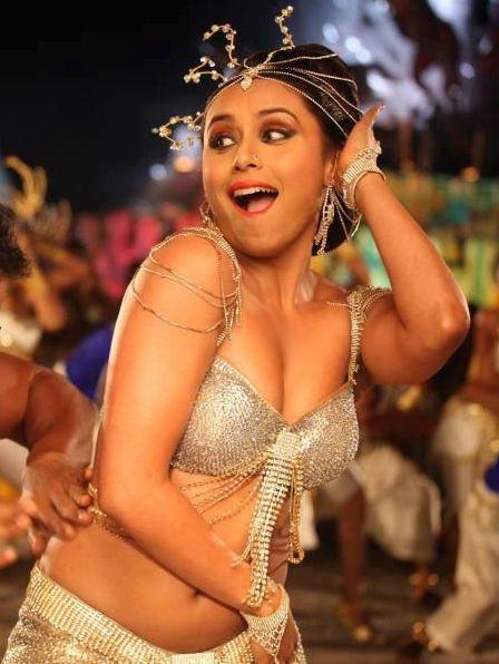 actress india bollywood actress rani mukherjee hot navel and boobs