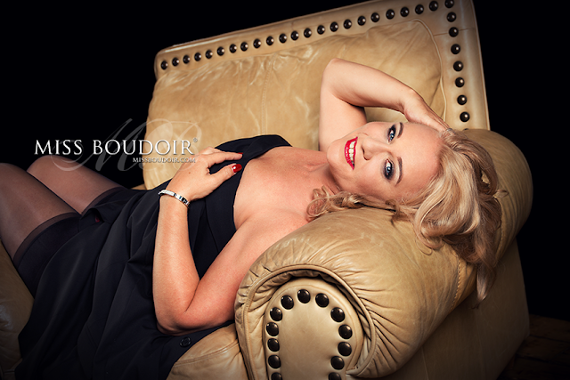 Classic and sensual boudoir photography and photo shoots