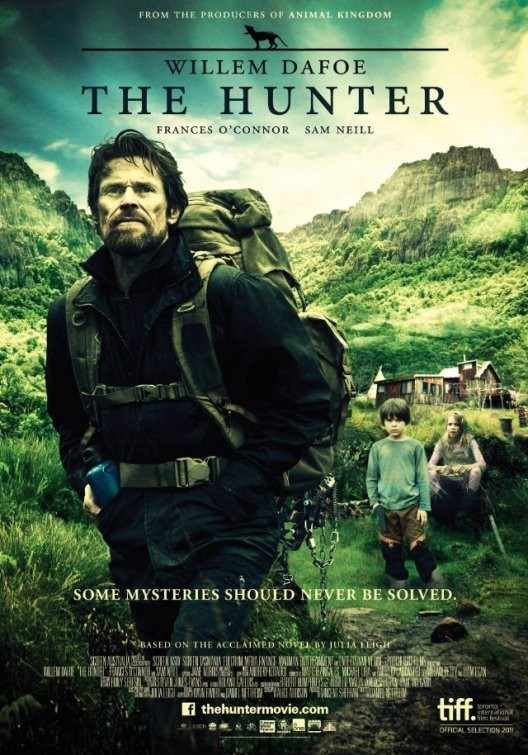 Review: The Hunter (2011) postinganbiasa Review The Hunter 528x755 Movie-index.com