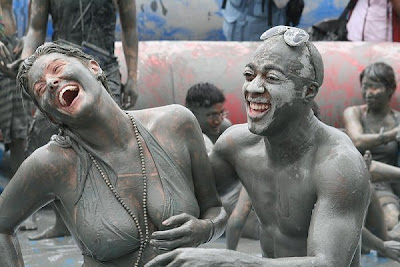 Boryeong_Mud_Festival_Dirty_Dancing_south_korea