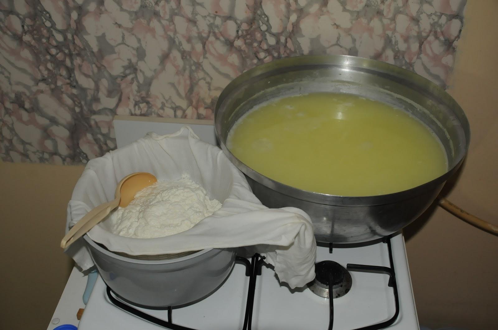 Evde süzme peynir nasıl pişirilir