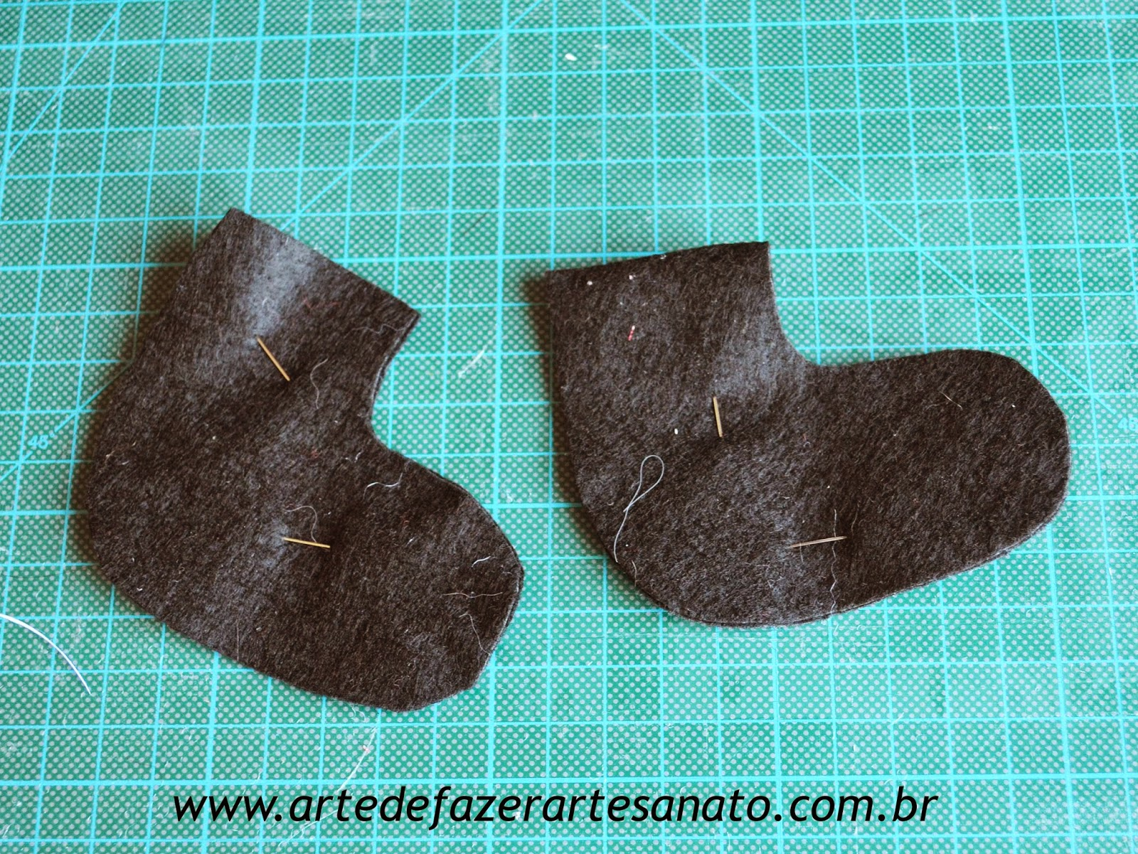 Papai Noel em tecido peças em feltro preto