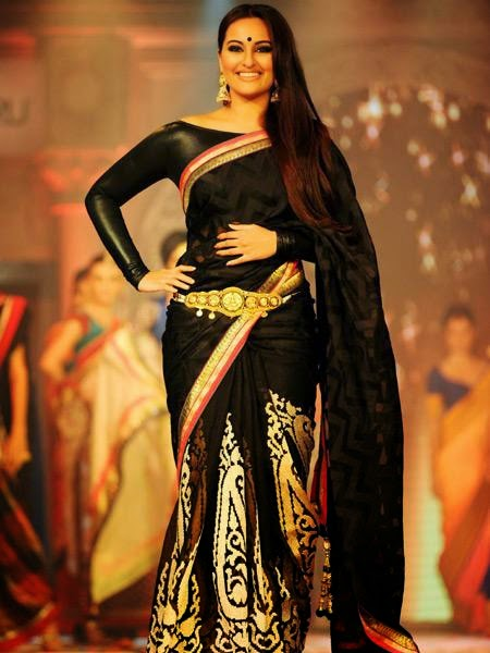 Sonakshi Sinha in Beautiful Black Designer Saree