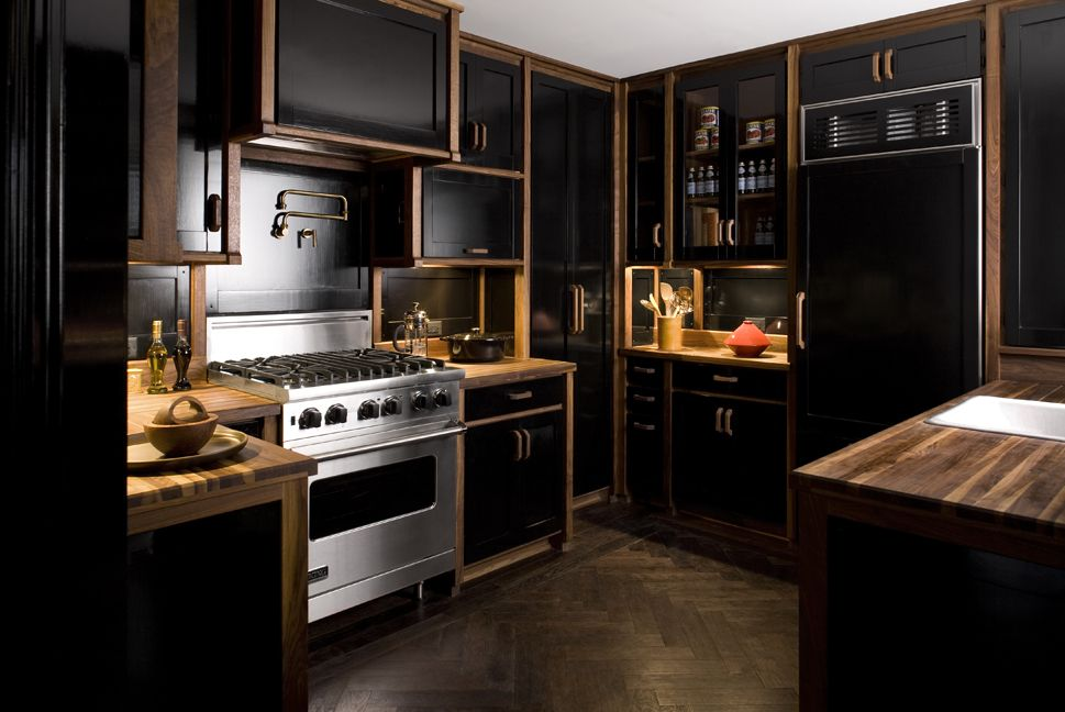 Nina farmer interiors the black kitchen for Black and brown kitchen cabinets