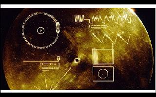 A busca por contato com seres inteligentes extraterrestres tem várias frentes. Para isso não basta apenas encontrar provas que não estamos sozinhos no universo, também temos que mostrar que estamos aqui, caso alguém esteja nos procurando.
